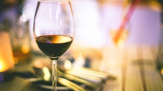 白ワインとスパークリングの1,000円台ならこれがおすすめ!神の雫から紹介