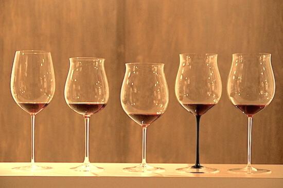 Bourgogne-wineglass
