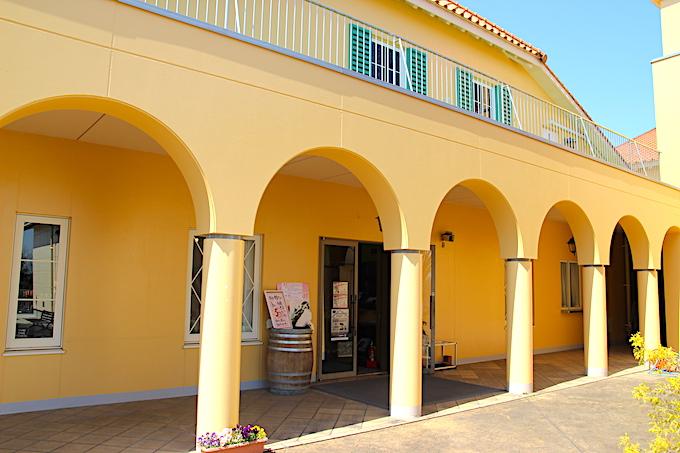 熊本ワインの建物