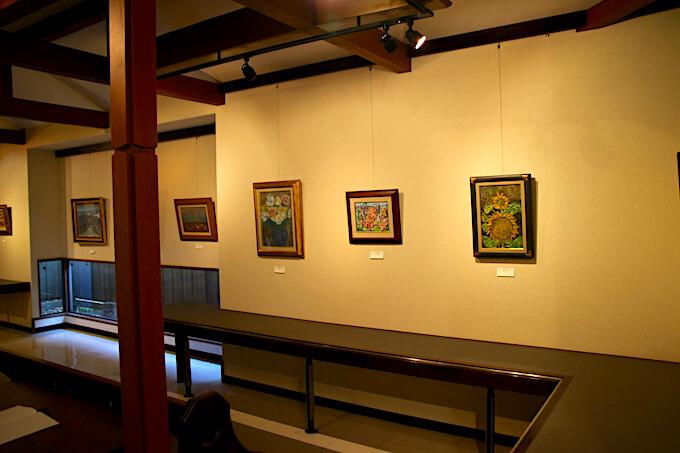 栗の木美術館の館内