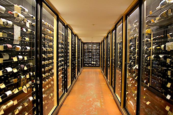 タカムラ店舗のワインセラー