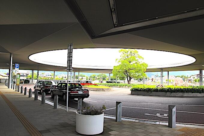 JR竜王駅のタクシー乗り場