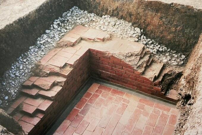 播州葡萄園の地下貯蔵庫