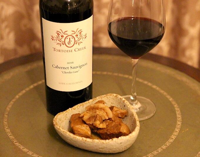 赤ワインと豚の角煮
