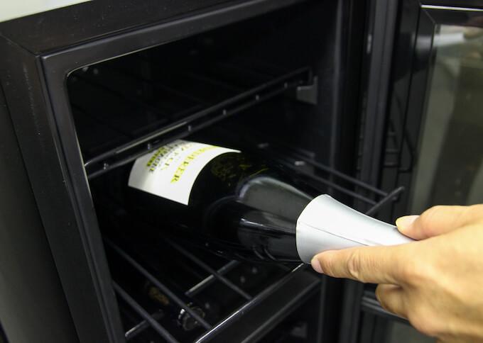 棚間に余裕のあるワインセラーを選ぶ